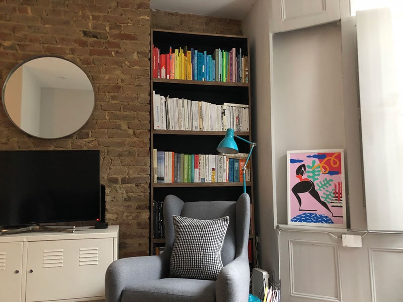 Made to measure alcove book shelving for a London home